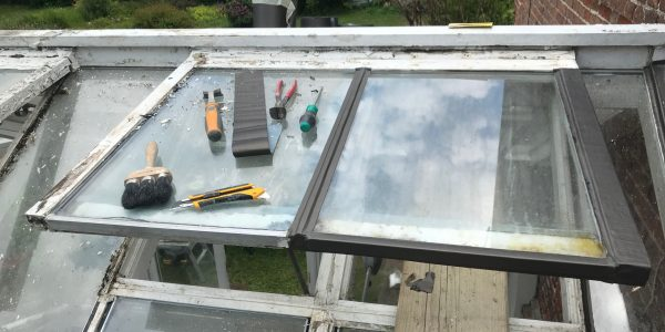 conservatory window frames chipped